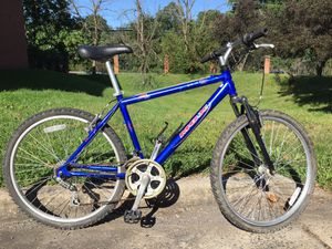 Mongoose aluminum mountain bike for Sale in Centreville, VA