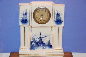 ANTIQUE GERMAN WHITE BLOCK DELFT MANTLE CLOCK for Sale in Gambrills, MD