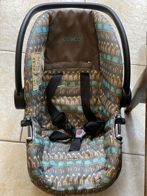 Carseat for baby for Sale in Grandview, WA