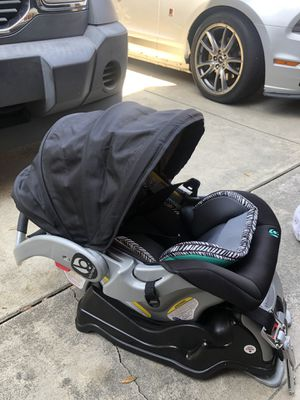 Infant car seat for Sale in Industry, CA