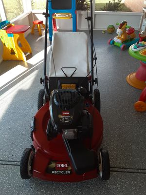 "Toro 22"" self propelled lawn mower for Sale in Kissimmee, FL"