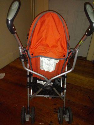Chicco umbrella stroller for Sale in Chicopee, MA
