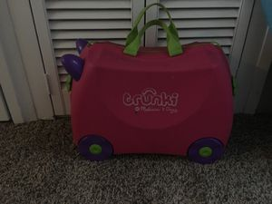 Trunki suitcase for kids for Sale in Seattle, WA