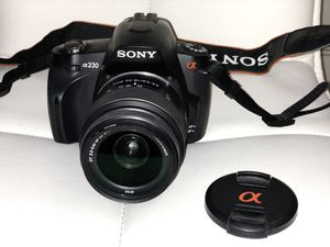 Sony Alpha DSLR-A230 with full kit and 2 SD cards for Sale in Chicago, IL