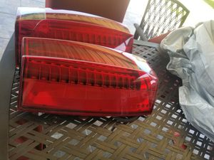 2012 Cadillac escalade platinum original rear lights for Sale in Port Arthur, TX