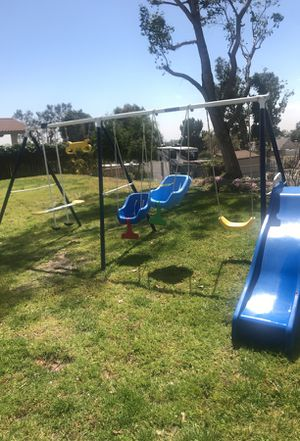 Kids jungle gym/swing set for Sale in Rancho Cucamonga, CA