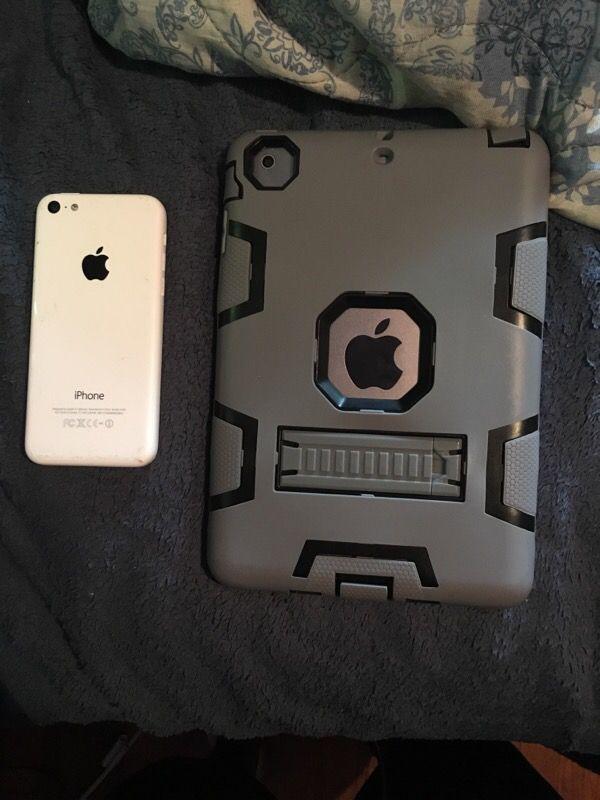 iPad mine and iPhone 5c white