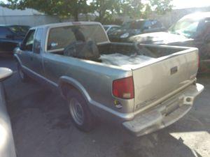 2002 Sonoma for parts for Sale in Sacramento, CA