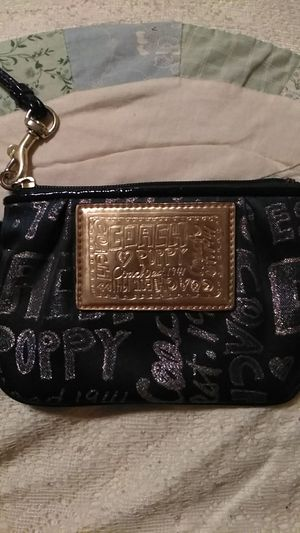 Coach Poppy Wristlet for Sale in Littleton, CO