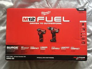 Milwaukee Fuel Surge Combo Kit 2582-22 for Sale in North Las Vegas, NV