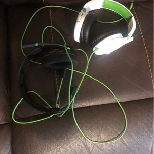 Xbox 1 Headsets: Turtle Beaches(white) And Rig Headset(black) for Sale in Houston, TX