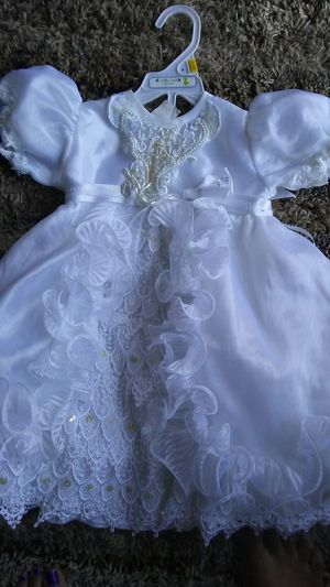 Baby girl baptism dress size 1 for Sale in Fresno, CA