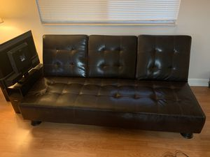 Reclinable leather futon. Good condition. for Sale in Delray Beach, FL