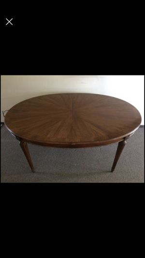 Antique table for Sale in Chesterland, OH