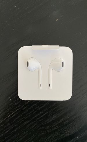 Brand new Apple earbuds - lightning connector for Sale in Oakland, CA