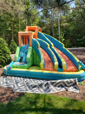 Bounce house water slide for Sale in Saugatuck, MI
