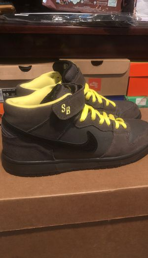 Nike SB Mid Batman Dunks. Size 9.5 NO BOX. for Sale in Bellflower, CA