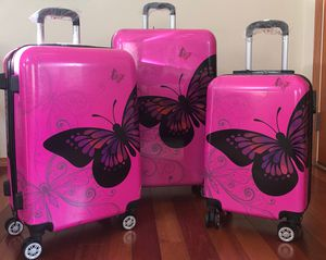 Charming butterfly design luggage set for Sale in Renton, WA