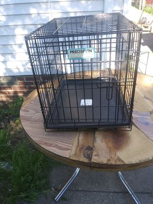 Dog or cat cage in good shape for Sale in Cleveland, OH