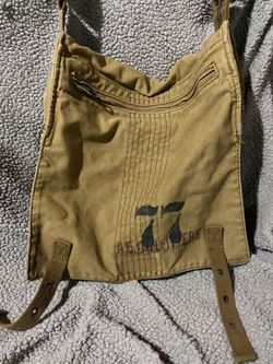 American eagle messenger bag for Sale in West Mifflin,  PA