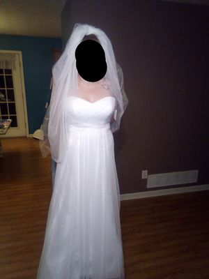 NWT wedding dress, sash, and Vail!! for Sale in Richmond, KY