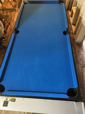 Pool and air hockey table for Sale in Romulus, MI
