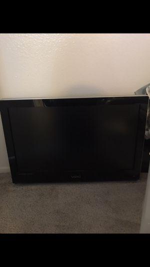 27 inch Visio TV for Sale in El Cajon, CA