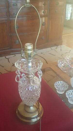 Antique 🍍 Pineapple Crystal lamp for Sale in Arlington Heights, IL