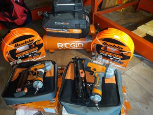 Rodgid 4.5 gal compressor and nailers for Sale in San Antonio, TX