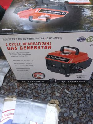2-cycle gas generator 900 peak /700 running new in box for Sale in Lake Stevens, WA