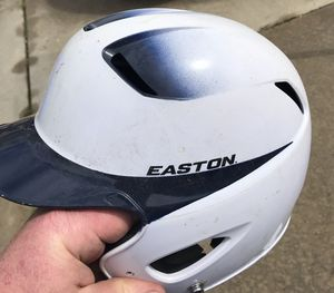 Youth Easton batting helmet 6 3/8-7 1/8 great condition.. free Nike batting gloves for Sale in Washington Township, NJ