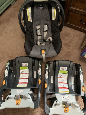 Chicco travel system with extra base for Sale in Virginia Beach, VA