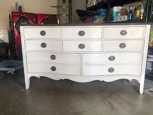 Antique dresser for Sale in Montclair, CA