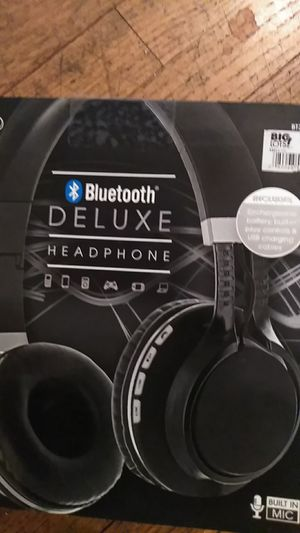 Bluetooth deluxe. Headphone for Sale in San Bernardino, CA