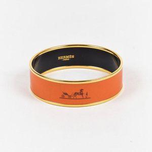 Authentic NEVER WORN Hermès Large Caleche Enamel Bangle/Bracelet sz 65 for Sale in Chicago, IL