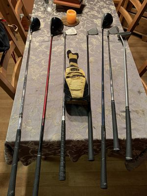 Set of Clubs with the carry - golf bag . All clubs and the bag are in good shape. like new for Sale in Irvine, CA