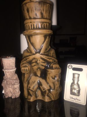 Disney HATBOX GHOST 2019 TIKI MUG, Ornaments And Pin Set!!! ETB 2nd Edition NEW for Sale in La Habra Heights, CA