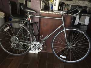 Schwinn Prelude Road Bike for Sale in Las Vegas, NV