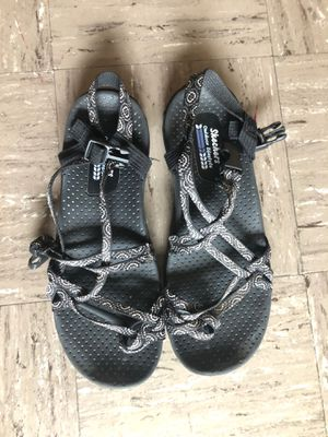 Women's 9 Sketchers chacos for Sale in Warrensburg, MO