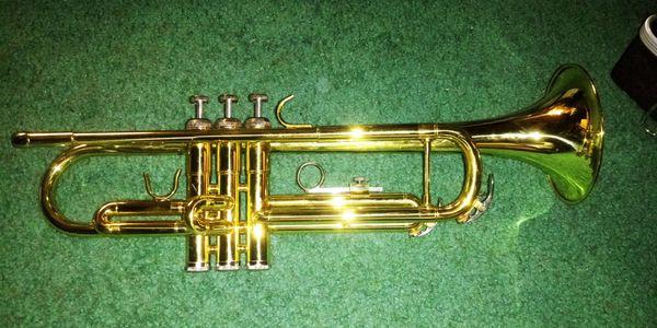 Trumpet (gold)