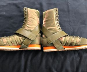 Rare ADIDAS ORIGINALS 'PARACHUTING' Women Boot Size 8 ($160: original price) rarely worn OBO! for Sale in Bellevue, WA