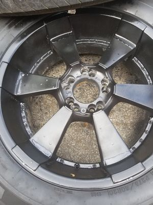 Set of 4used tires and wheels 5 lugs universal size 18 fit Dodge ran ford f150 for Sale in Nashville, TN