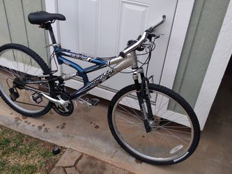26in Mongoose Mt Bike Dual Susp Nice for Sale in Victorville,  CA