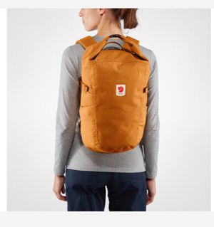New Fjall Raven Ulvo Rolltop 23 backpack for Sale in Birmingham, AL