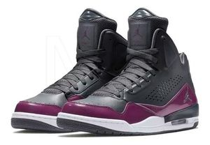 Brand New Pair of Air Jordan's S-3 Shoes-Size 12 for Sale in St. Petersburg, FL