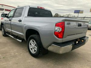 Toyota tundra 2014 3000 dow for Sale in Houston, TX