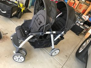 Chicco double stroller used a couple times for Sale in Menifee, CA