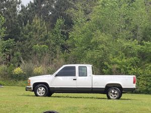 Package deal 1996 Chevy 350 motor and a 600 grizzly for Sale in West Point, GA