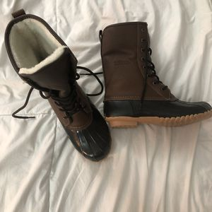 Totes brown leather rain or winter boots size 8 for Sale in Coconut Creek, FL