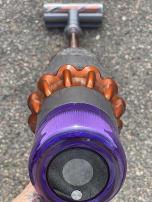 Dyson v11 torque Motörhead cordless vacuum for Sale in Aurora, CO
